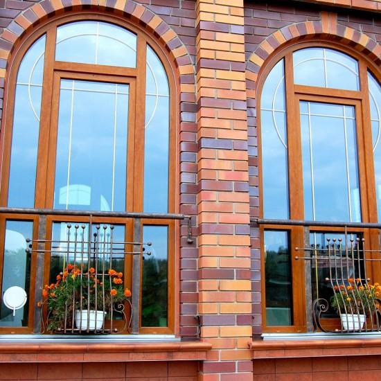 Фасадные окна из ПВХ